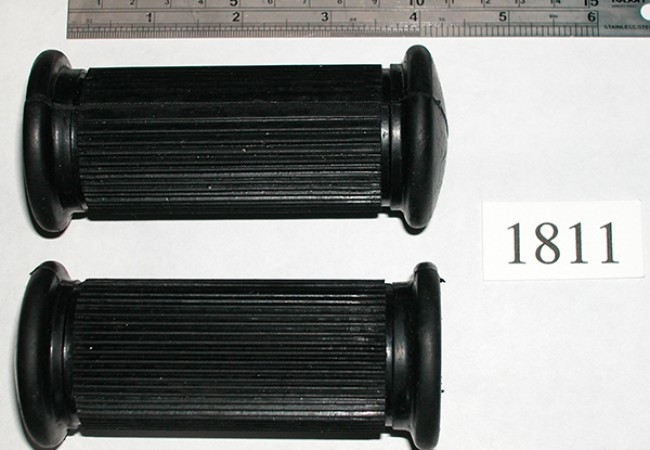 AMC/Norton footrest rubbers